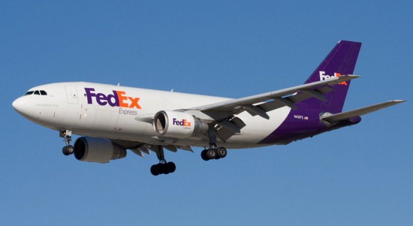 FedEx to buy rival TNT Express for €4.4bn